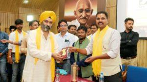 Mr Manmeet Ji at Purusharth Mahotsav